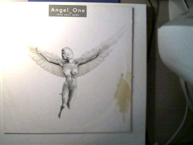 Angel One: Into Your Eyes, Single mit einen etwas stärkeren Kratzer, ansonsten guter Zustand, Hülle mit einer stärkeren Gebrauchsspur,