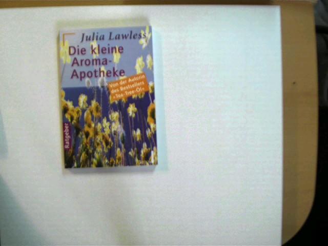 Die kleine Aroma-Apotheke, 2. Auflage, Stempel auf der ersten unbeschriebenen Seite und auf der Titelseite, ansonsten gutes Exemplar,