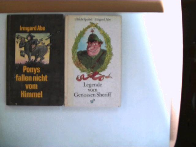 2 Bücher der deutschen Schriftstellerin Irmgard Abe, , Konvolut, Bücherpaket, , Konvolut Bücherpaket, Geschichten, 1x 2. und 1x 3. Auflage, alle Buchdeckel mit leichten Gebrauchsspuren, beim 2. Buch ist der Buchdeckel etwas angeschmutzt, ansonsten gute Exemplare,