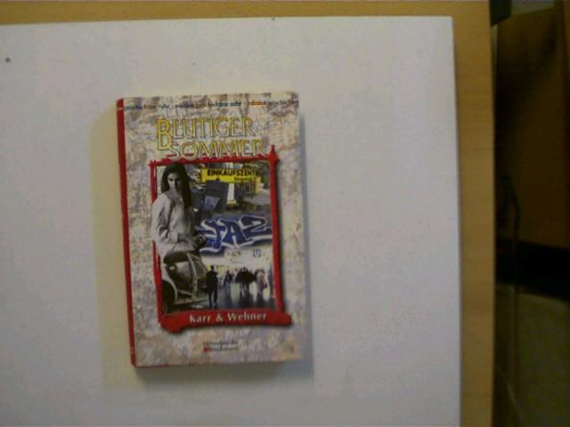 Blutiger Sommer, Geschichte eines Mädchens, 1.Auflage, Schutzumschlag mit einigen leichten Gebrauchsspuren u. hinten wenig eingerissen, ansonsten gutes Exemplar,