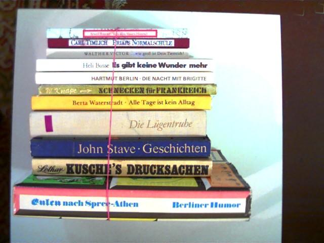 Autorenkollektiv: 11 Bücher DDR-Literatur vom Eulenspiegelverlag in einer seltenen Auswahl: 1. Priaps Normalschule (Carl Timlich) / 2. Vom allzu blauen Himmel (Arwed Bouvier) / 3. ...wie groß ist Dein Tierreich (Walther Victor) / 4. Lothar Kusche's Drucksachen / 5. Die Lügentruhe / 6. Alle Tage ist kein Alltag (Berta Waterstradt) / 7. Schnecken für Frankreich (W. Knape) / 8. Die Nacht mit Brigitte (Hartmut Berlin) / 9. Es gibt keine Wunder mehr (Heli Busse) / 10. Geschichten (John Stave) / 11. Eulen nach Spree-Athen - Berliner Humor); , Konvolut, Bücherpaket, , Konvolut Bücherpaket, 11 altersentsprechende Exemplare mit einigen Gebrauchsspuren,