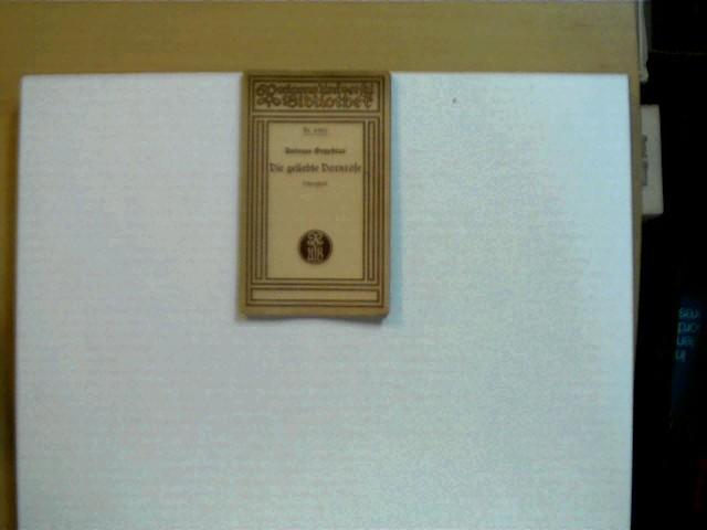 Die geliebte Dornrose : Scherzspiel in vier Aufzügen; Reclams Universal-Bibliothek, Nr 6486; kl. Schriftzug auf der ersten Seite (Bleistift), Seiten leicht gebräunt, leichte Gebrauchsspuren, ansonsten altersentsprechend gutes Exemplar,