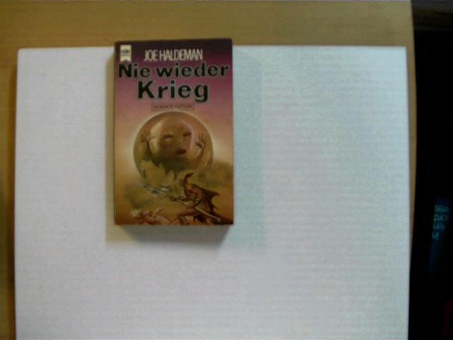 Nie wieder Krieg; SF Nr: 3863; wohl 1. Auflage, etwas Gebrauchsspuren, Deckel leicht angeschmutzt, sonst altersentsprechend gutes Exemplar,