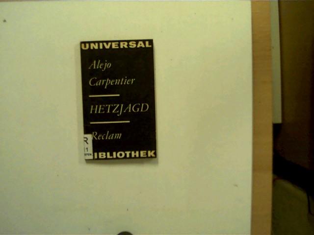 Hetzjagd, 2.Auflage, Schulbuchexemplar auf der Titelseite mit einem Schulstempel, Buchrücken mit einem Etikett beklebt, ansonsten altersentsprechend gutes Exemplar,