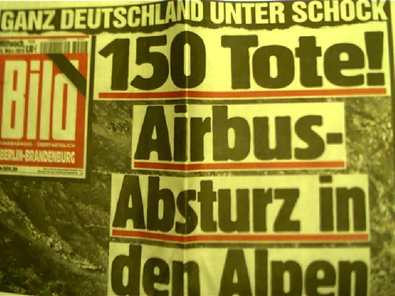 5x Airbus-Absturz (Andreas Lubitz)  in den Alpen - Ganz Deutschland unter Schock - Bild - Berlin-Brandenburg, 2015, Originalausgaben,
