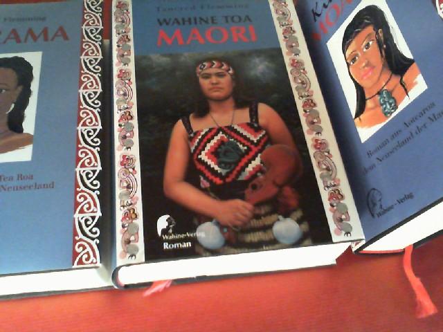 Marama (ISBN: 3980361705). - Kia ora, Moana! (ISBN: 3980361713). - und - Wahine Toa Maori (ISBN: 3980361721). [3 vom Autor signierte Exemplare].