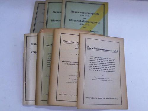 Sammlung von 8 Bänden
