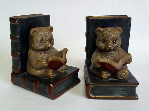 Buchstützen Lesende Bären - 2 farbig bemalte Keramikfiguren