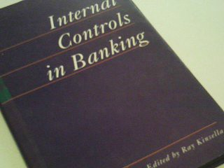 Internal Controls in Banking: Issues for the 1990s ; 9781872853857