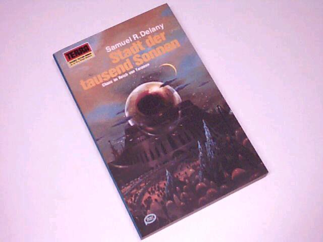 Stadt der tausend Sonnen. Terra-Taschenbuch 310, = City of a thousand suns [Aus d. Amerikan. von Lore Strassl], Pabel-Taschenbuch Dt. Erstdr.