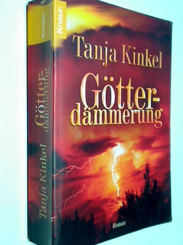 Götterdämmerung : Roman. 9783426628164