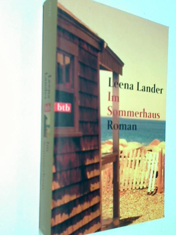 Lander, Leena: Im Sommerhaus: Roman. 9783442727704