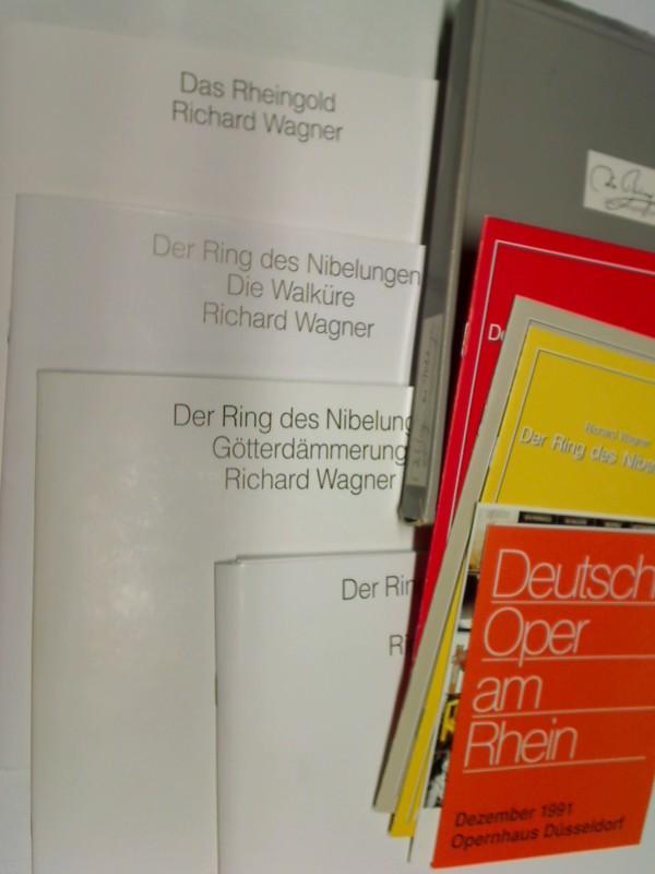 Richard Wagner.  Der Ring des Nibelungen , 4 Bde. im O.Schuber, Die Walküre / Götterdämmerung / Siegfried / Das Rheingold,+ 8 Beihefte