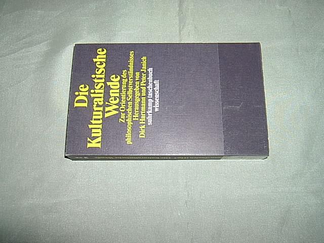 Die kulturalistische Wende. Zur Orientierung des philosophischen Selbstverständnisses. (= Suhrkamp Taschenbuch Wissenschaft / stw 1391). 1. Auflage. - Hartmann, Dirk und Janich, Peter (Hrsg.).