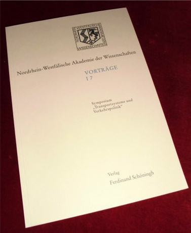 "Symposion ""Transportsysteme und Verkehrspolitik""."